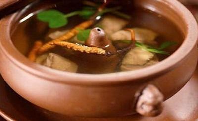 Những món ăn bổ dưỡng từ đông trùng hạ thảo